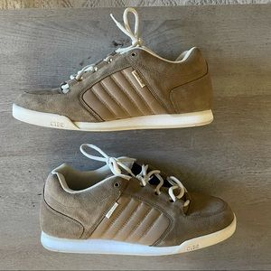 CLAE 7 sneakers faux suede